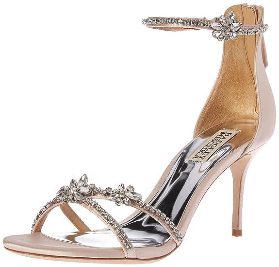 Delicadas sandalias con fina pedreria