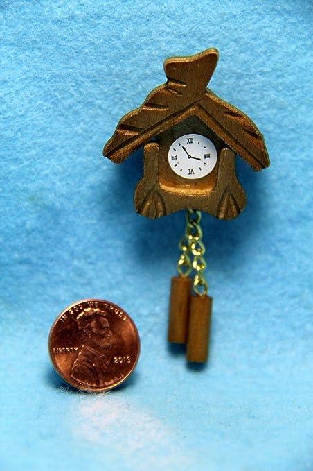 Dollhouse Miniature Wall Cuckoo Clock ~ IM65425