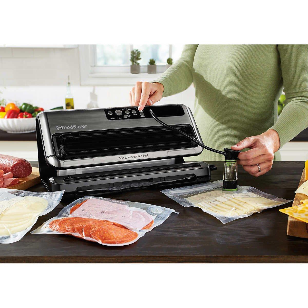 Foodsaver FM5440 Vacuum Sealer for Food Preservation