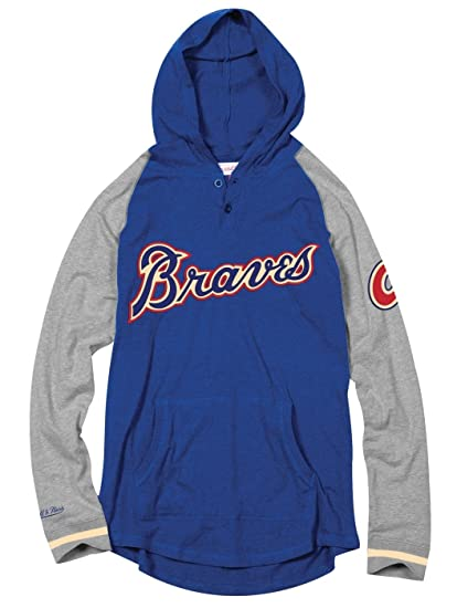 online store 4f73e a3670 Amazon.com   Mitchell   Ness Atlanta Braves MLB Men s Slugfest Lightweight  Hooded Shirt   Sports   Outdoors