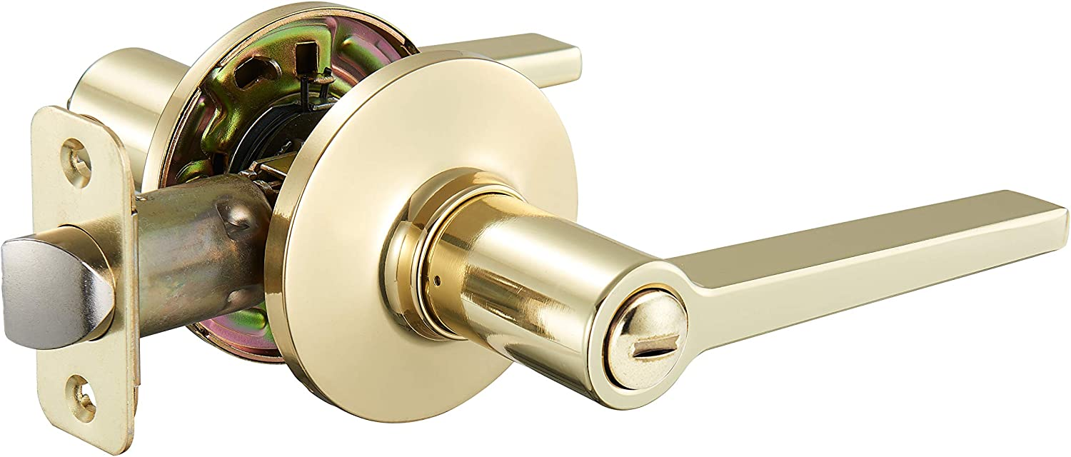 AmazonBasics Manchester Privacy Door Lever with Lock, Polished Brass