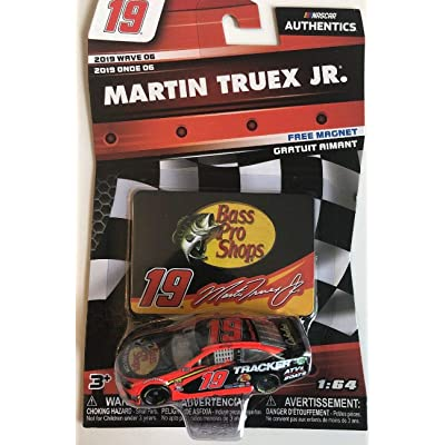 NASCAR Authentics Martin Truex Jr. #19 Diecast Car 1/64 Scale - 2020 Wave 6 - with Magnet - Collectible: Toys & Games