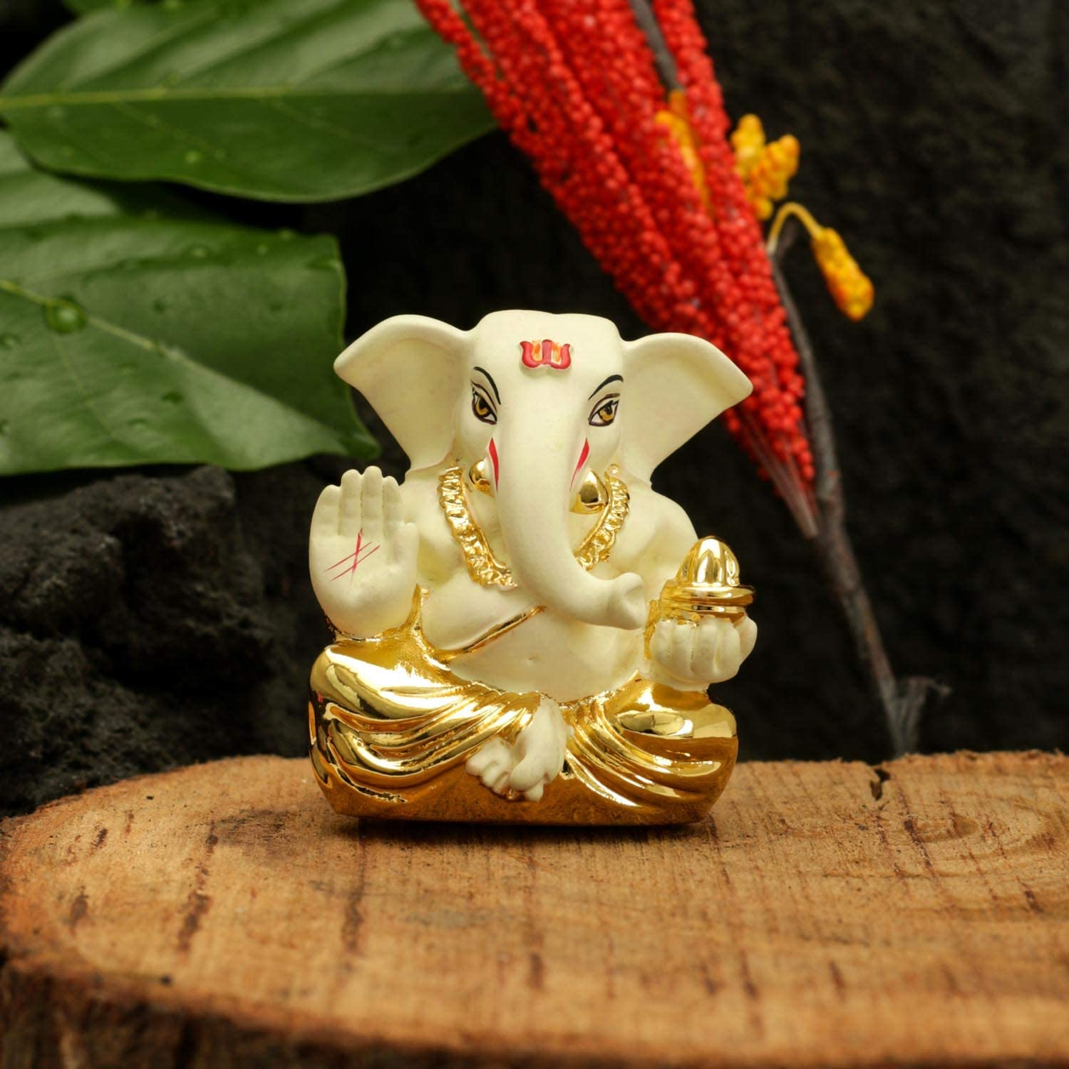 CraftVatika Gold Plated Off White Terracotta Appu Ganesha for Car Dashboard Statue God Ganesh Murti Ganpati Idol FigurineHome Decor (Size: 6 cm x 4 cm)