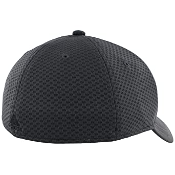 aed5e667faa28 Amazon.com  adidas Mens Amplifier Stretch Fit Structured Cap  Clothing