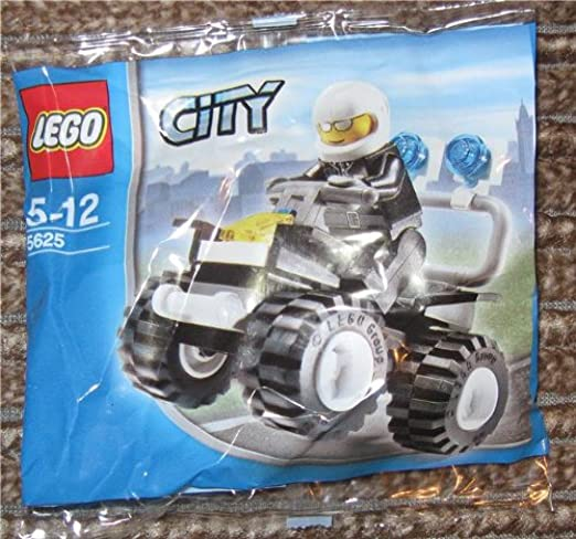 LEGO City 30366 Police Car Brand New Retired FREE SHIPPING!