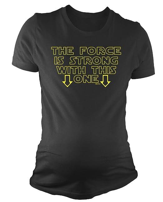 Amazon.com: Señoras de la maternidad playera Force is strong ...
