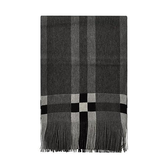 TOUTACOO, Echarpe Homme en Laine Multicolore - Fabriqué en France - Couleur  Cube Noir Blanc  Amazon.fr  Vêtements et accessoires 279f956e074