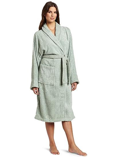Amazon.com  Superior Hotel   Spa Robe f6bc97778