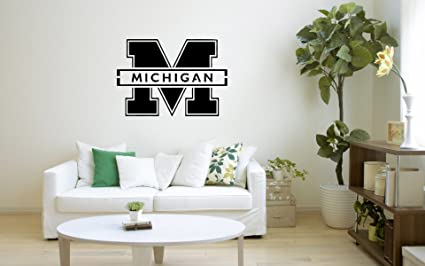 Stupendous Amazon Com Ncaa Michigan Wolverines Fan Art 22X 26 Gmtry Best Dining Table And Chair Ideas Images Gmtryco