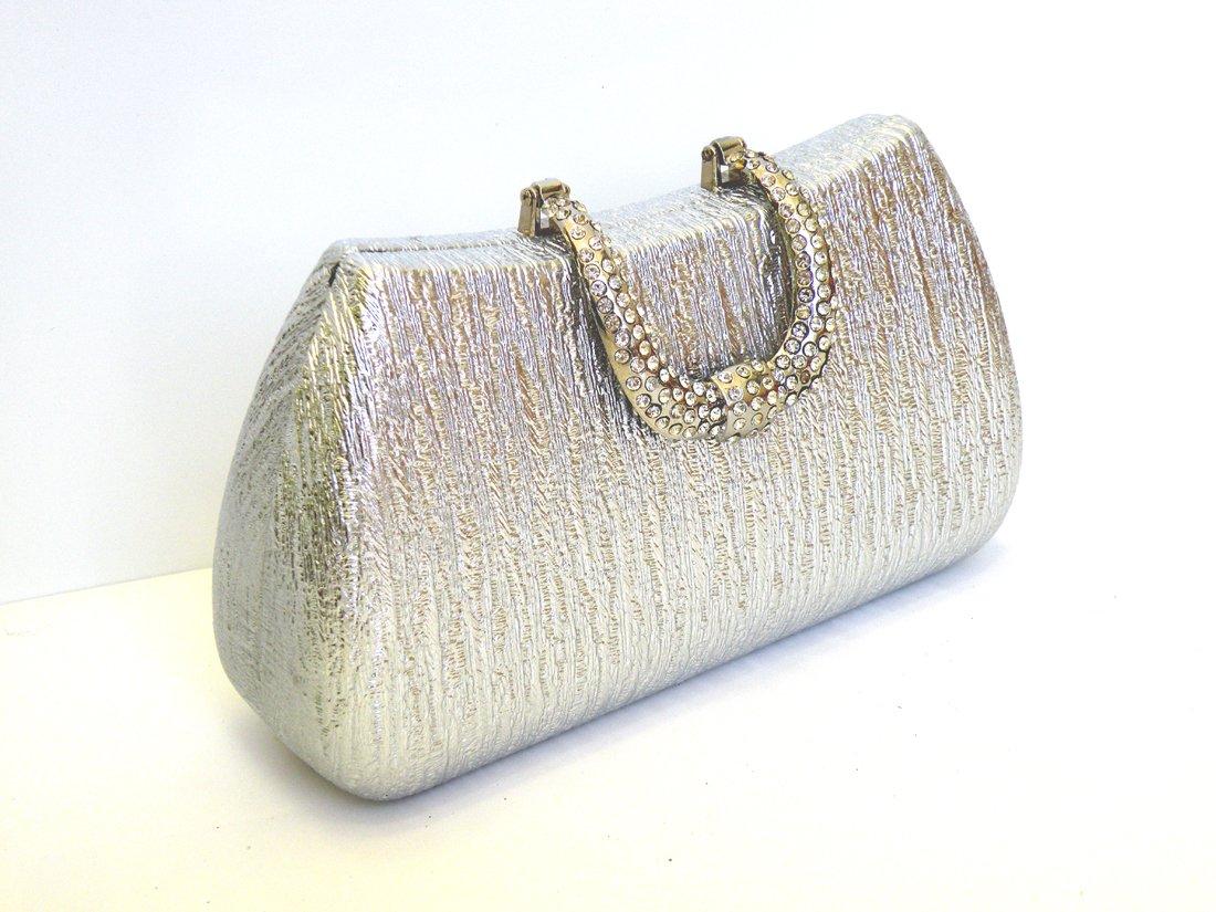 Women Alloy Polyurethane Leather Clutch Evening Bag Shoulder Bag Wedding Bag With Long Chain. Measurement 18cm(Bottom Length) x 13cm(Open Length) x 9cm(Height)