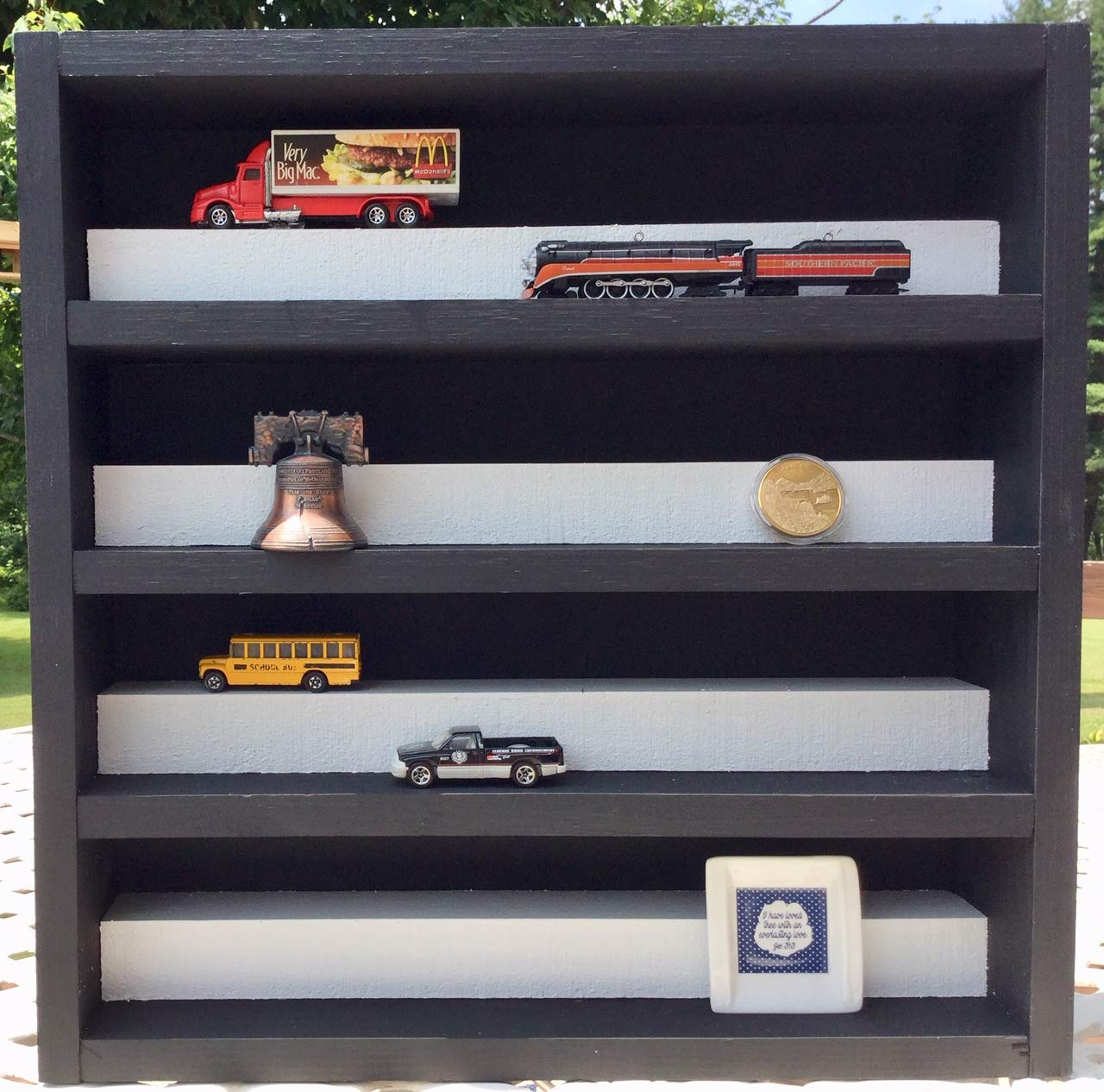 Display Case for Matchbox or HOTWHEEL Cars or DIECAST Models