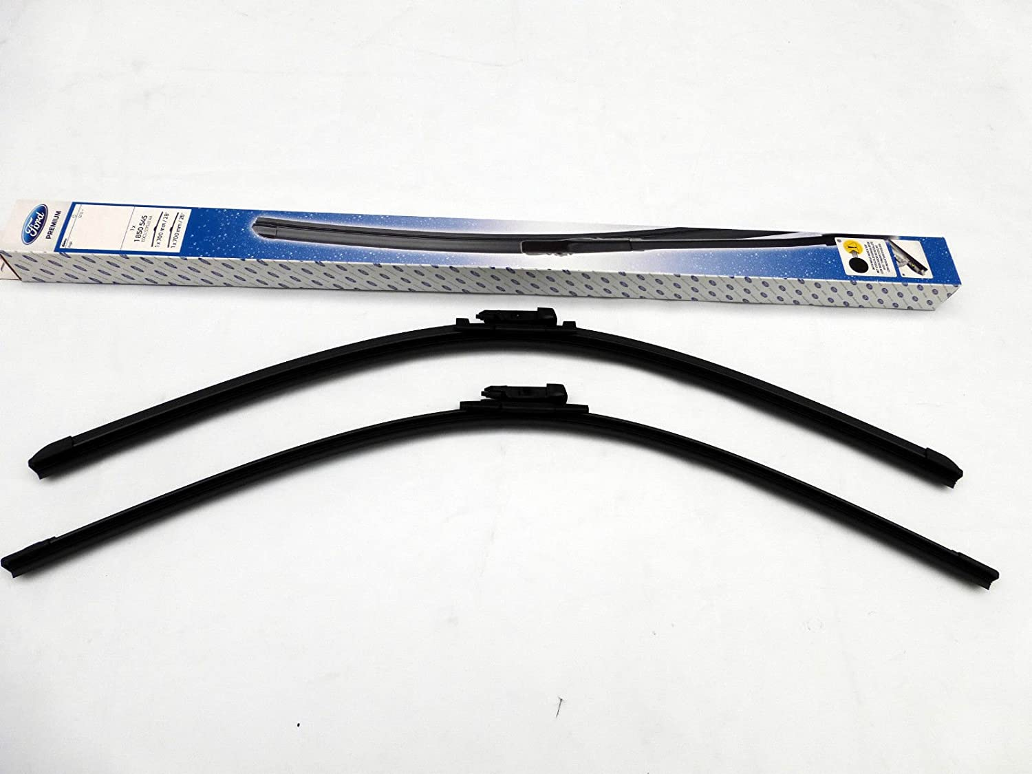 Genuine Ford Kuga II 2012 onwards Front Flat Window Wiper Windscreen Blades
