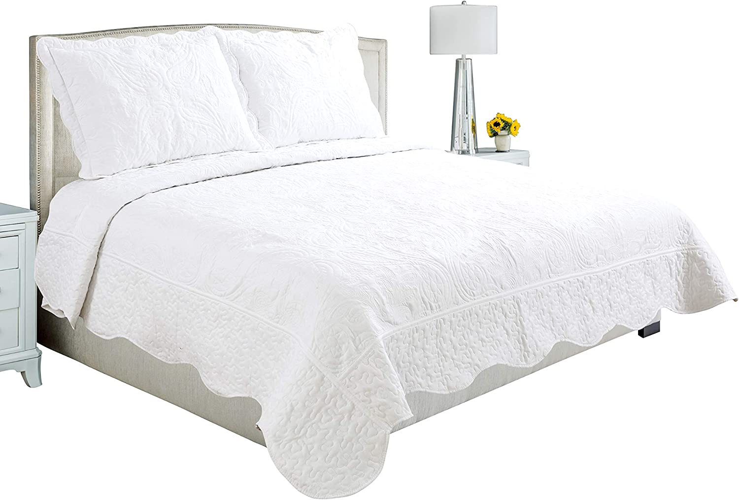 Beauty Sleep Bedding Luxury Embroidered Reversible 3 Pieces Quilt Set with 2 Quillted Shams, White Color, California King Size