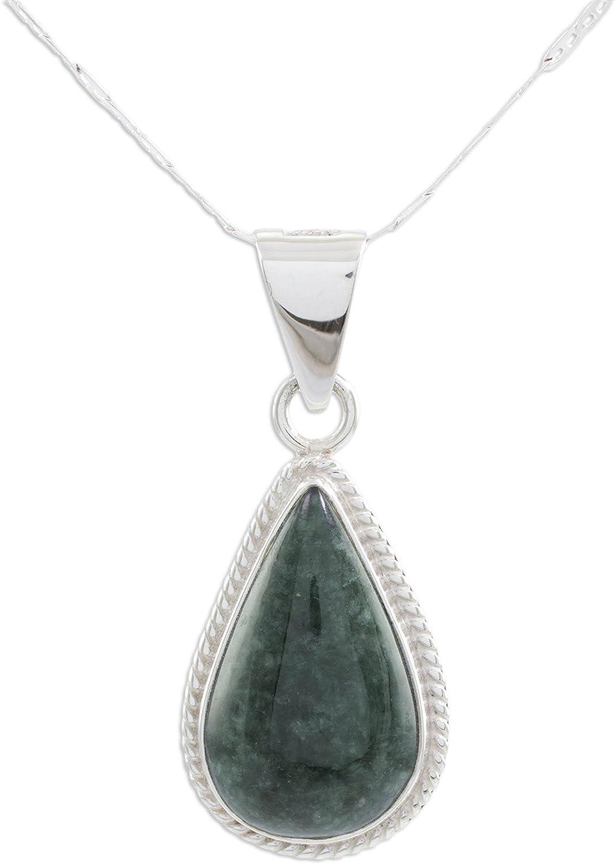 NOVICA Jade - Collar con colgante de plata de ley 925, 18