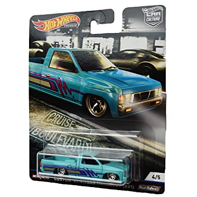 Hot Wheels Car Culture Custom '93 Nissan Hardbody (D21) 4/5, Blue: Toys & Games