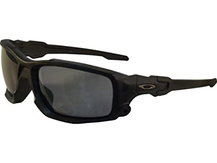 5131e5e5038 Amazon.com  Oakley SI Shocktube Matte Black with Polarized Gray lens ...