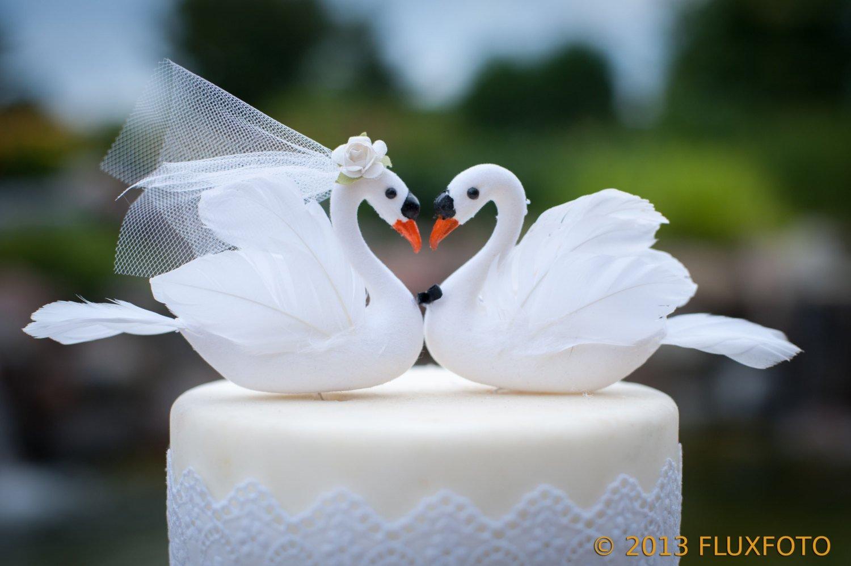 White Swan Cake Topper: ''Bride and Groom'' Love Bird Wedding Cake Topper