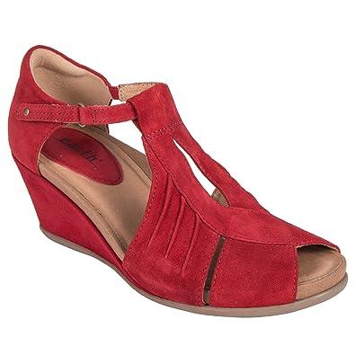 9b254779bdd1 Earth Shoes Primrose Women s Bright Red 5 Medium US