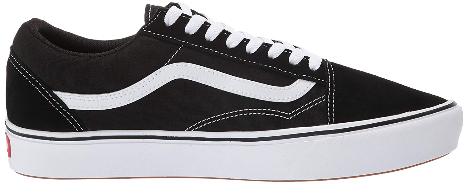 74fe975ada Amazon.com  Vans Comfycush Old Skool Black True White Sneakers  Sports    Outdoors