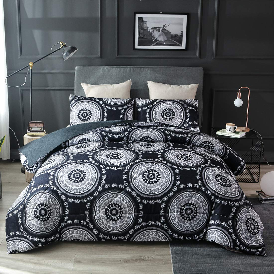 JQinHome Full/Queen 3-Piece Bohemian Medallion Black Comforter Sets