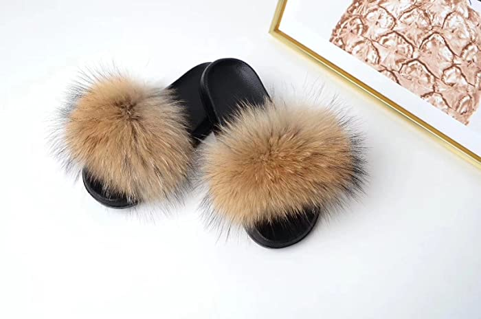 5f7b1a2332a7 Amazon.com  Raccoon Fur Sandals Furry Flip Flips Women Fashion Slippers  Sandals Brown genuine real fluffy Pompoms Women Shoes  Handmade