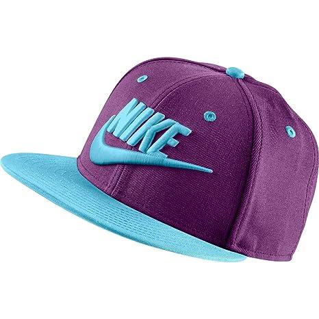 6f21bb785 Amazon.com: Nike True Limitless Futura Snapback Cap Grape/Sky Blue ...