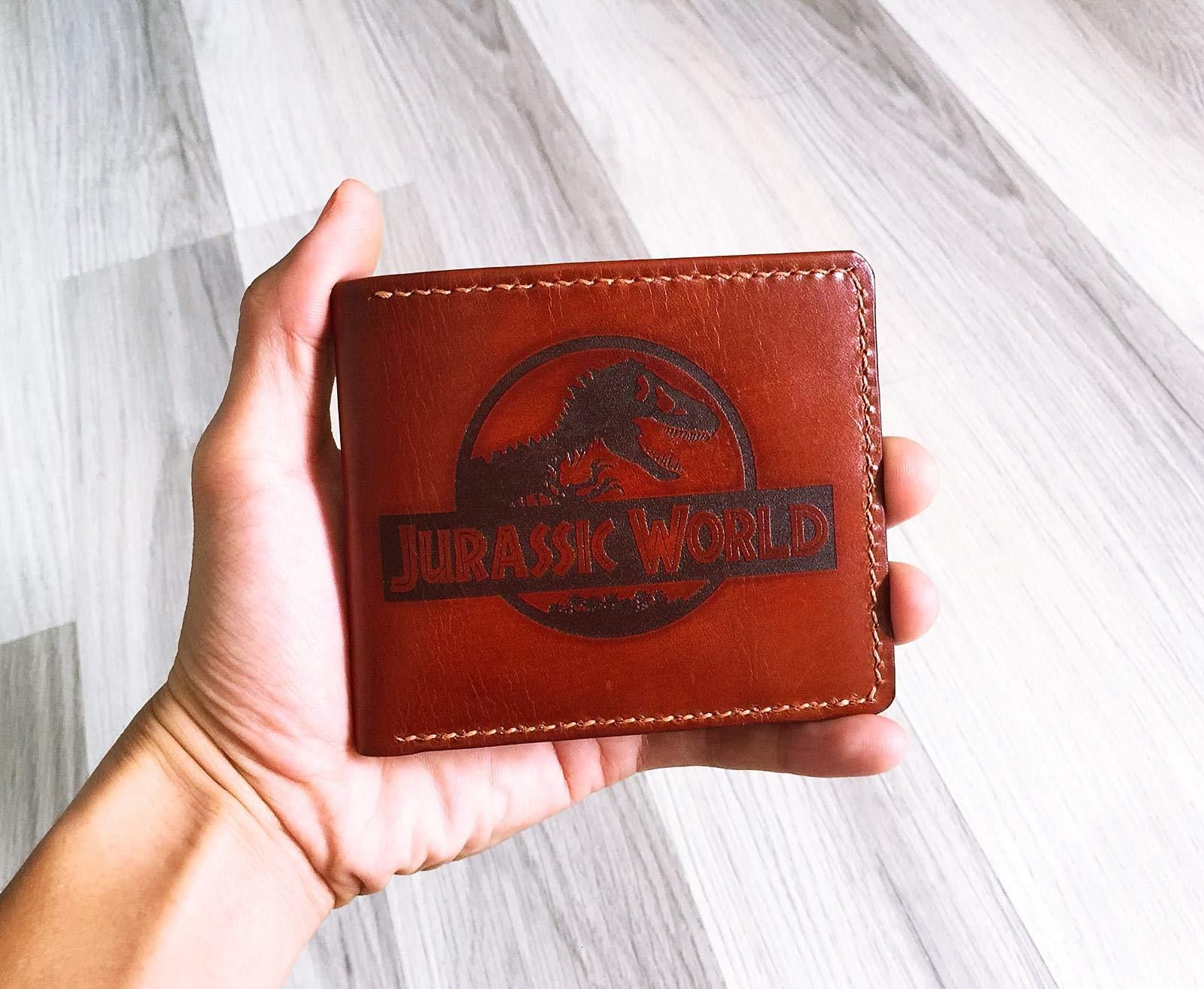 Unik4art - Jurassic World leather handmade men slim wallet anniversary gifts - 4LE