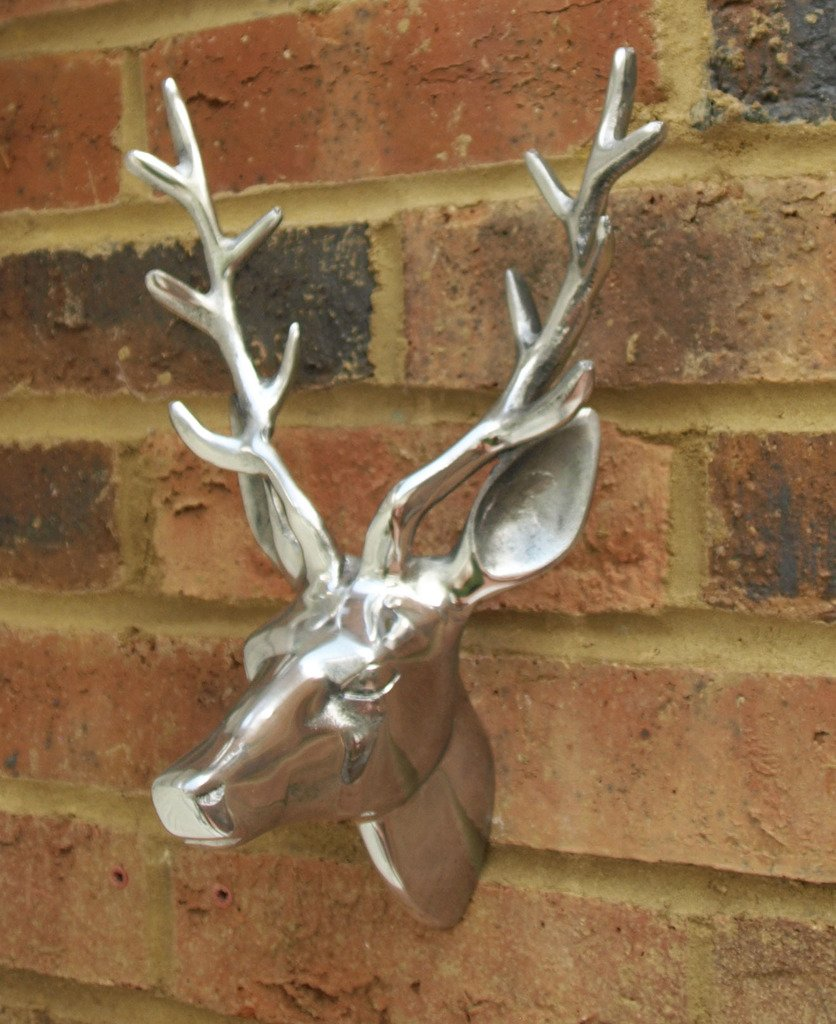 Wall Mounted Stag's Head Decoration