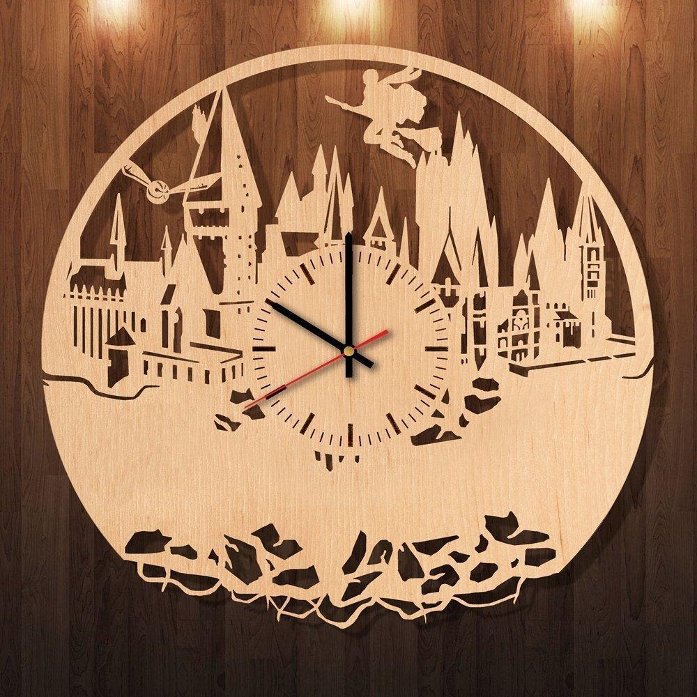Amazon.com: Hogwarts Harry Potter Eco Friendly Wood Wall Clock - Get ...