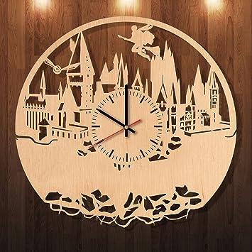 Amazon.com: Hogwarts Harry Potter Eco Friendly Wood Wall Clock ...
