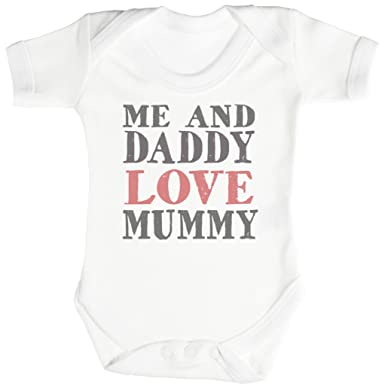Kiss The Cook Bring Him A Beer Short Sleeve Baby Bodysuits,100% Cotton Baby Suit For Boys Onesies Bodysuits & One-Piece Suits