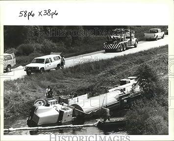 Amazon com: Vintage Photos 1994 Press Photo River Metro