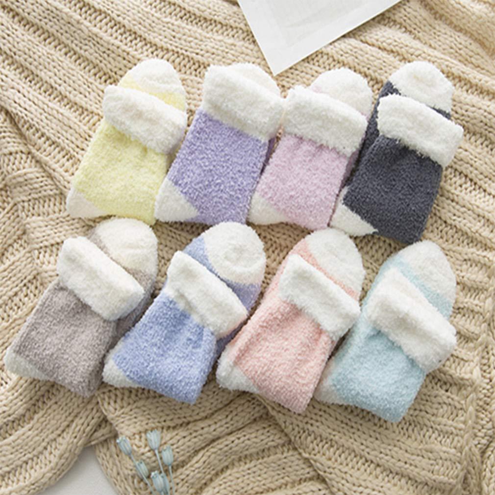 colore casuale Beito 6 paia donne accoglienti cashmere calzini Soffici velluto corallo Socks addensare Warm Ragazze Piano sonno Socks