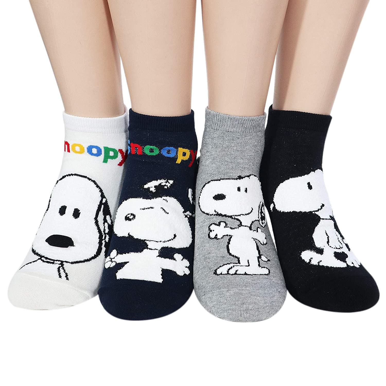 93b367b30d Amazon.com  The Peanuts Snoopy Women and teen girls Licensed Socks  Collection Socksense (Basic Snoopy 4pairs)  Clothing