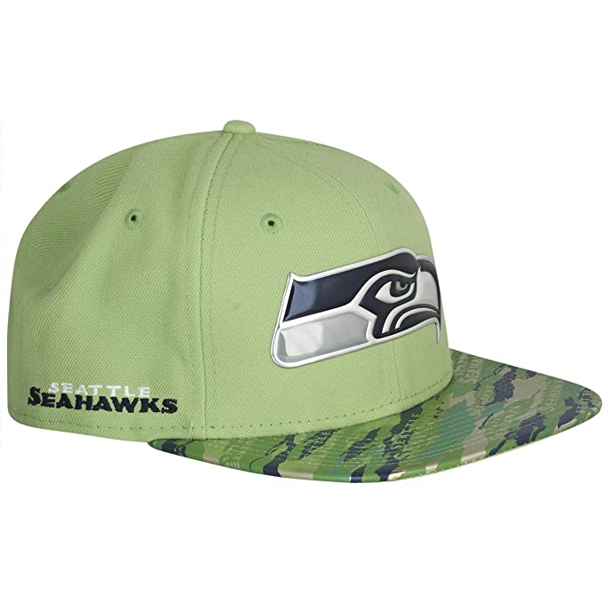 33bee3348d5 Amazon.com   New Era 9Fifty Hat Seattle Seahawks NFL 2016 On Field Color  Rush Green Snapback   Sports   Outdoors