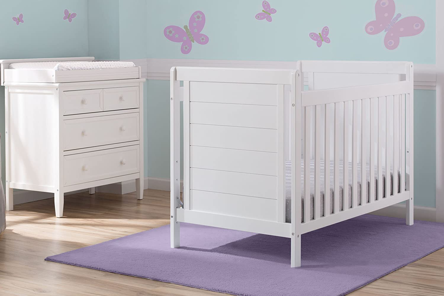 Delta Children Sunnyvale 4-in-1 Convertible Baby Crib, Bianca White