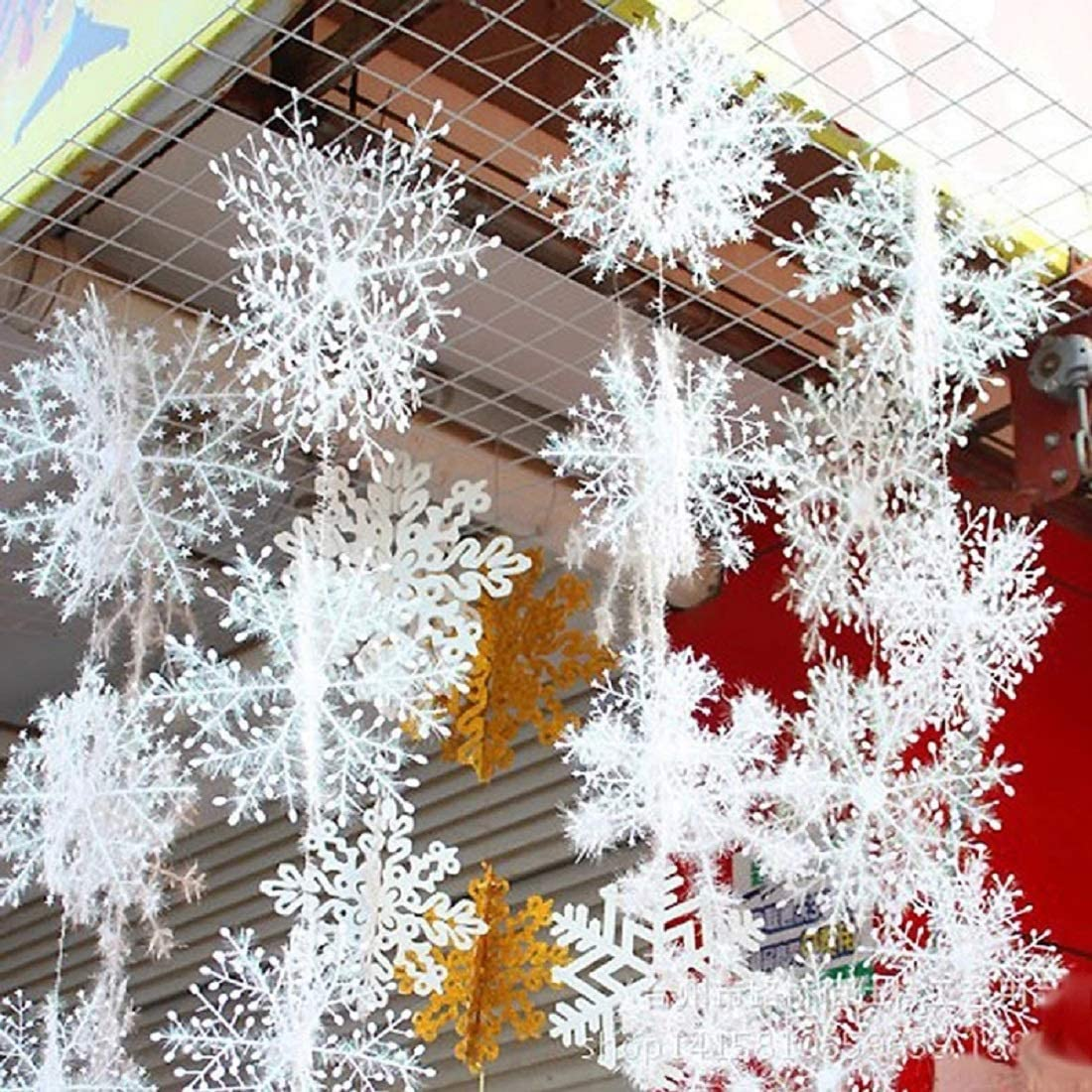 ANIUHL 3D White Snowflake Hanging Decorations 14in 11in 7in Large Plastic Christmas Snowflake for Holiday New Year Party Home Decoration, 24 Pieces