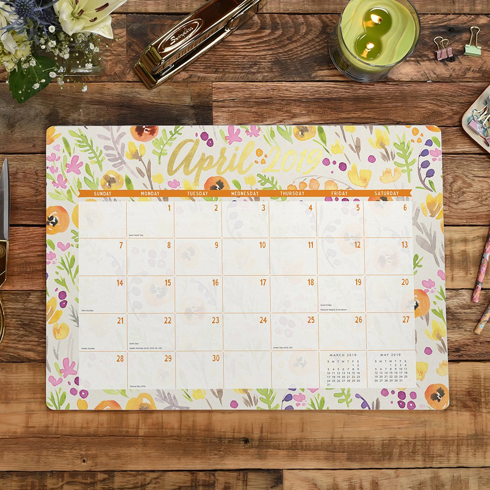 Amazon.com : Orange Circle Studio 2019 Decorative Desk Blotter Calendar,  August 2018 - December 2019, Bold Blossoms : Office Products