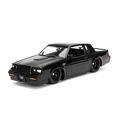 1:24 Fast & Furious - '87 Buick Grand National: Toys & Games