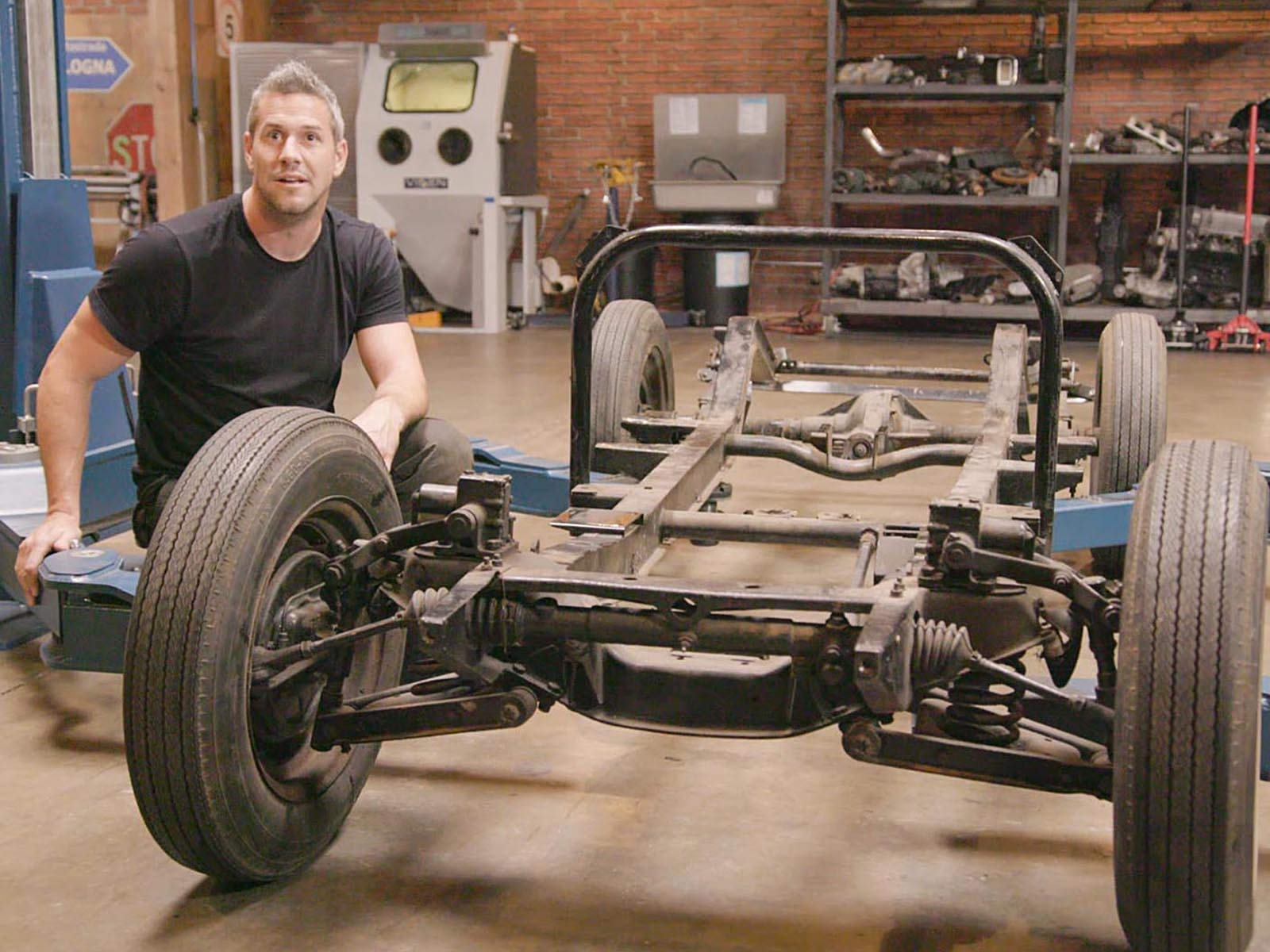 Watch Ant Anstead Master Mechanic ...