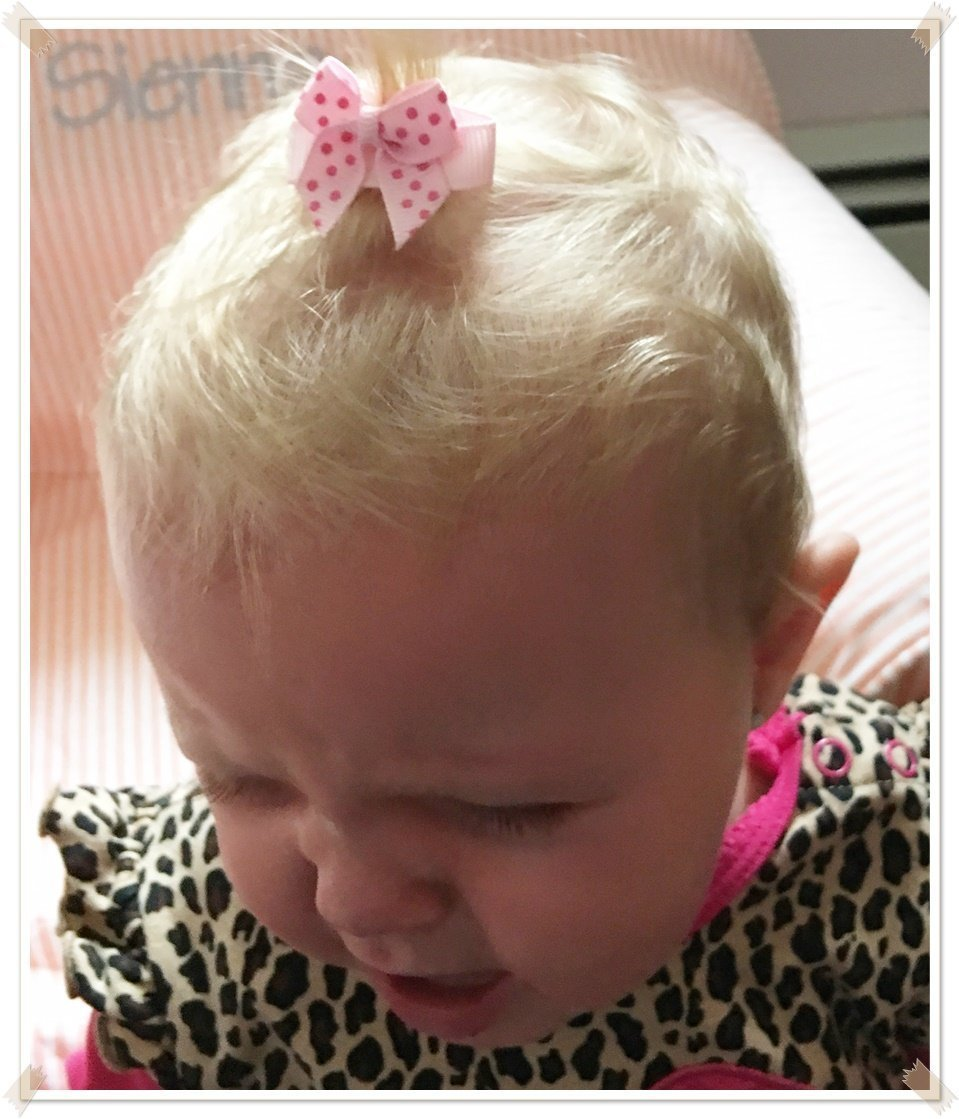HAIR BOWS Made with VELCRO® brand fasteners for Baby Girl - BEST BABY SHOWER GIFT - Small Bows and Roses Hot and Light Pink and Lavender