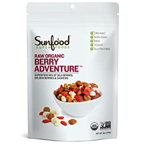 Sunfood Superfoods Berry Adventure Raw Organic Trail-mix. Blend of Goji Berries, Golden Berries & Cashews. Healthy Snack. 6 oz Bag