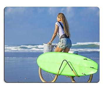 liili Mouse Pad de goma natural mousepad imagen ID 32269226 niña con tabla de surf y