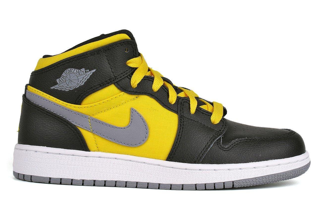 Jordan Kids Grade School Phat 1 (Gs) Black Yellow 364771-050 5.5y   Amazon.ca  Shoes   Handbags 72312a5acea