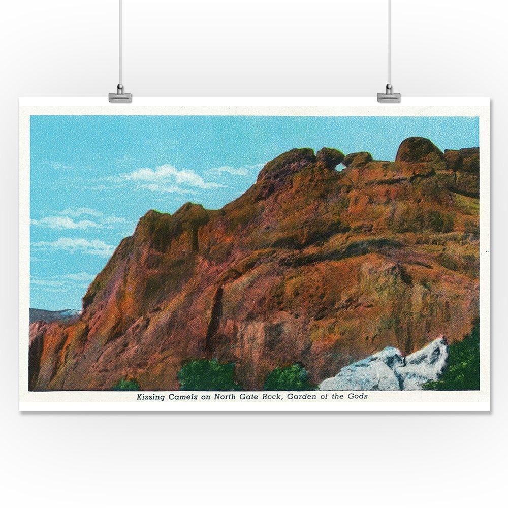 Amazon com: Colorado Springs, CO - View of North Gate Rock, Kissing