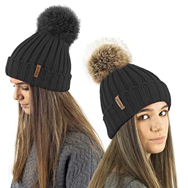 0254a2497 TOSKATOK® Ladies Girls Chunky 3 in 1 Rib Beanie Hat with 2 Interchangeable  Large Faux Fur Pompoms
