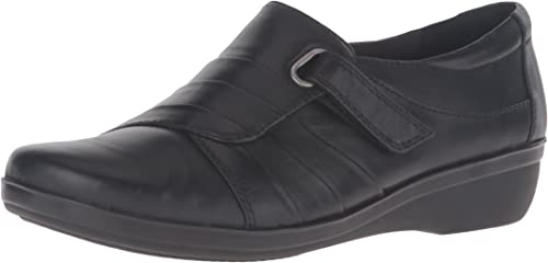 CLARKS Everlay Luna Ladies Leather Shoe D and E Fit