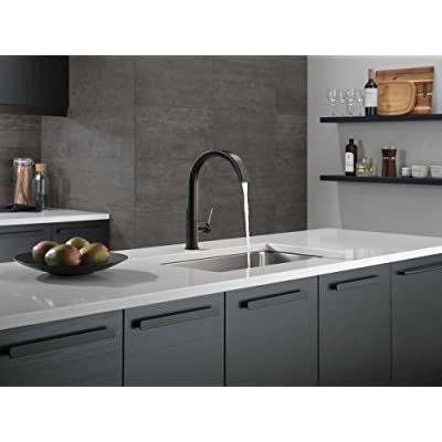 Buy Delta Keele Black Kitchen Faucet With Pull Down Sprayer Kitchen Sink Faucet Faucets For Kitchen Sinks Single Handle Magnetic Docking Spray Head Matte Black 19824lf Bl Online In Indonesia B0874ch9zl