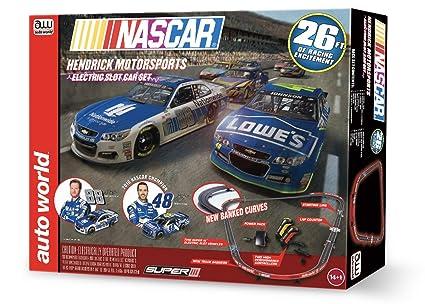 Amazon.com  Auto World HO 26  NASCAR Hendrick Motorsports Slot Car ... 680a31c852c2