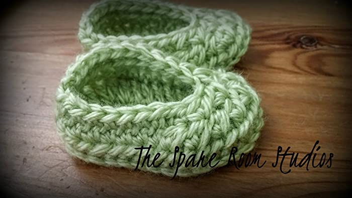Image Unavailable. Image not available for. Color  9-12 Months  Crochet Baby  Slippers ... 9deae4af80be